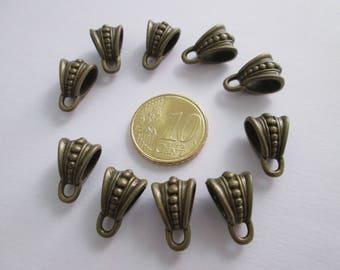 10 bélières triangle clouté en métal couleur bronze 14 X 9.5 mm