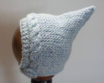 Cabled Baby Bonnet