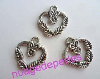 3 Argentine metal heart charms pendants