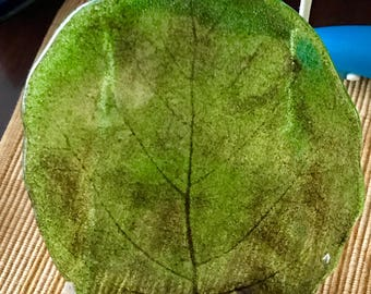 Green Leaf Glass Plate