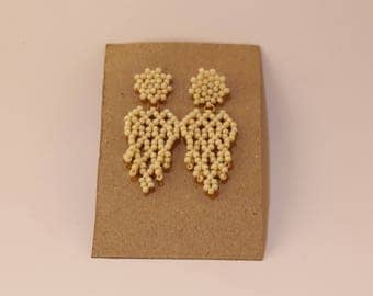 Leaf earring with stud