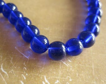 20 electric 6 mm blue glass beads