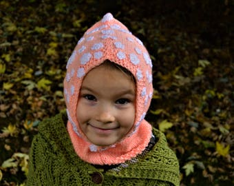 Girls acrylic handknitted peach scoody, scarf hoody, hat, flower pattern, autumn/winter, 2-5 year old