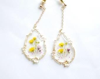 Pressed flowers earrings
