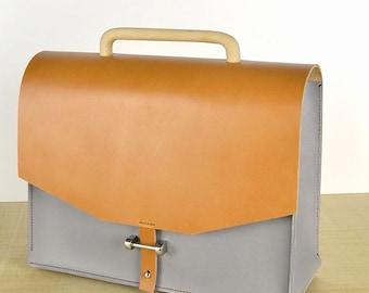 Leather Bag // Leather Handbag // Leather crossbody bag. Handbag. CAMEL-GRAY . Shoulder bag