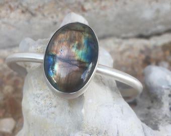 Labradorite Cuff / Silver Cuff/ Argentium Silver/ Labradorite Jewelry/ Unisex Jewelry/ Gifts for her/ One of a kind jewelry/ Cuff bracelet