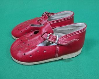Vintage girl, boy, red sandals, leather children's sandals, children's shoes, for dolls. Made in USSR