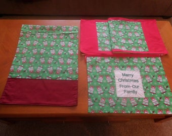 Christmas table runners and wall decor