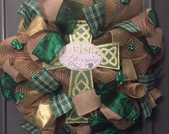 Irish blessing, St. Patrick's Day, Green and gold wreath