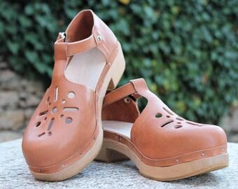 Die-cut clogs. Customizable, size and color, consult: hormigagalega@hotmail.com