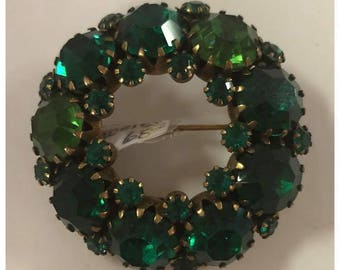 Authentic Designer Weiss Green Crystal Wreath Brooch