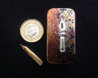 Beautful tin for pen nibs, calligraphy, copperplate, spencerian, manga, drawing.