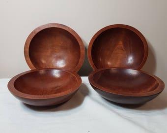 Baribocraft vintage wooden salad bowls. Mid century woodcraft. Made in Canada.