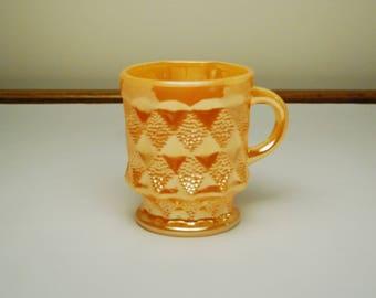 Vintage Anchor Hocking Fire King Peach Lustre Mug-Kimberly Diamond pattern