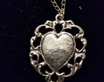 "Boutique...Order Now for Valentine... Silver Alloy Heart 18"" Silver Coated Necklace"