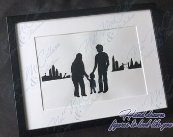 Family Silhouette with City - Personalised Drawing - Cityscape - Custom Caricatures - Hand Drawn to Look Like You