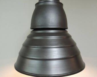 Industrial metal suspension