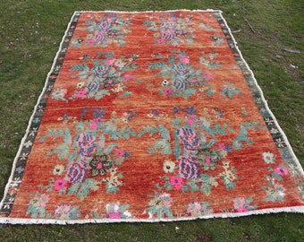 very unique bohemian rug, 5.3 x 8 ft. Free Shipping turkish rug, ethnic rug, nomadic rug, organic wool rug, flowered rug, oushak rug MB529