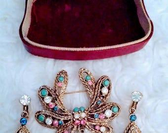 Beautiful vintage pastel rhinestone high end brooch earrings demi parure