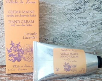 Essential oils of lavender hand cream and shea butter