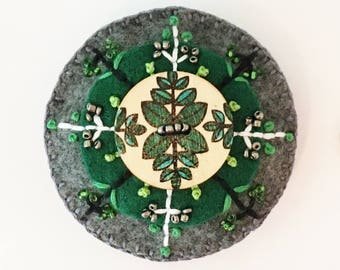 Felt Circle Brooch in Green and Gray