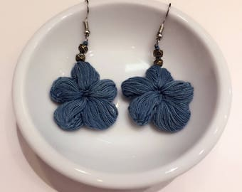 Flower indigo earring