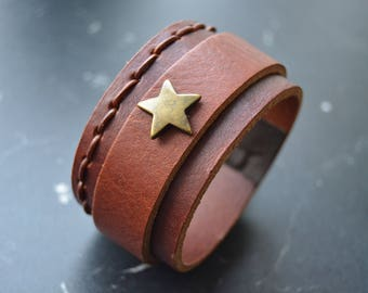 Brown Leather Bracelet with bronze star, nickel free jewelry