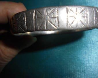 Moroccan Jewelry, antique worn Berber fine silver bangle bracelet