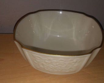 lovely lenox small berry bowl candy nut dish flowers