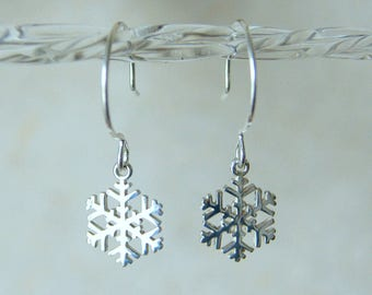 Snowflake Earrings - Silver Snowflake Earrings - Sterling Silver Snowflake Earrings  - FREE GIFT WRAP