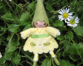 Daisy Flower Pixie Art Doll Pin in Yellow