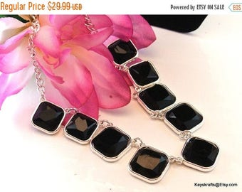 Christmas In July 40% Off Black Silver Tone Bib Necklace, Vintage Black Gem Necklace, 16 Inch Necklace, 1980 Black Gem Necklace, Gift For He