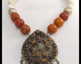 GOLDEN TIBET - Vintage Tibetan Pendant - Handmade Amber Resin & Tibetan Silver Beads Necklace