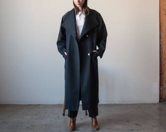 black oversized winter overcoat / long black coat / classic simple coat / s / m / 2367o / R3
