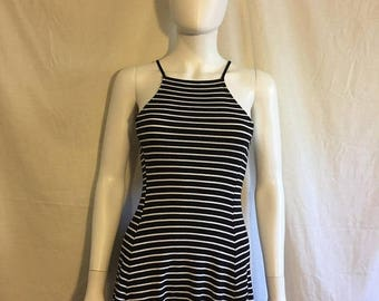 Closing Shop 40%off SALE 90s Ribbed black white striped short Dress
