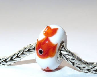 Luccicare Lampwork Bead - Fish on White -  Lined with Sterling Silver