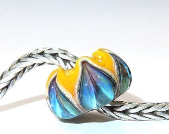 Luccicare Lampwork Bead - Ocean Lily on Yellow -  Lined with Sterling Silver