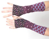 Purple armwarmers, Floral patchwork fingerless gloves, jersey patchwork wrist warmers, Gift for her, Spring accessories, MALAM