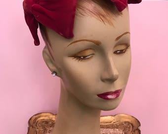 1950s hat velvet hat magenta hat pink hat 50s hat fitted hat vintage hat fuchsia hat