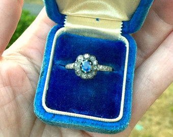 Antique to Art Deco Diamond Sapphire Halo Daisy Ring, Sparkly Old Cut Diamonds and Cornflower Blue Sapphire, Rustic Beauty