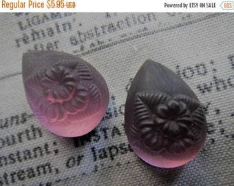 SALE 30% Off Flower Molded Vintage Matte Amethyst Purple Glass Frosted Pear Cabs 18x13mm 2 Pcs