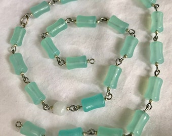 Strand of glass beads