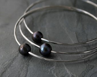 Set of 3 Peacock Pearl Sterling Silver Bangles, Pearl Stacking Bracelet, Stackable Silver Bangles, Hand Forged Hammered Faceted Finish
