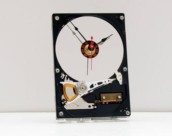computer parts gift clock, recycled geek gift, Birthday gift, recycled computer gift, Upcycled Computer Hard Drive Clock, design clock