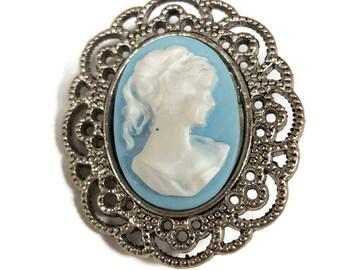 Blue Lady Cameo Pin