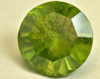 VINTAGE Peridot faceted gemstone Fancy Round 3.98 cts 10mm fg181