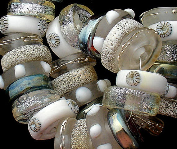DSG Beads~Artisan Debbie Sanders Handmade Lampwork Glass Beads ~Let It Snow~ Made To Order