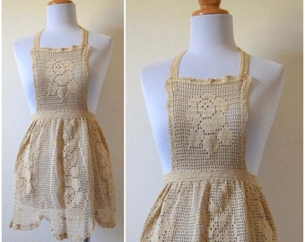 SUMMER SALE/ 30% off Vintage 50s 60s Crocheted Apron