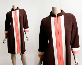Vintage Vanity Fair Robe - Neapolitan Ice Cream Striped Lounge Robe - Front Zip - Chocolate Brown Pink White - Small Medium