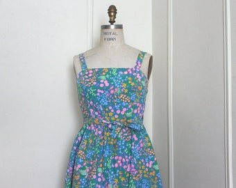 60s Wildflower Sun Dress, vintage floral chintz halter dress with built in bra - playsuit, wrap dress - size medium to large, 37/38 bust